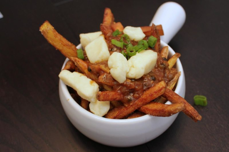 Easy Homemade Poutine | easy recipes | comfort food recipes | BearandBugEats.com