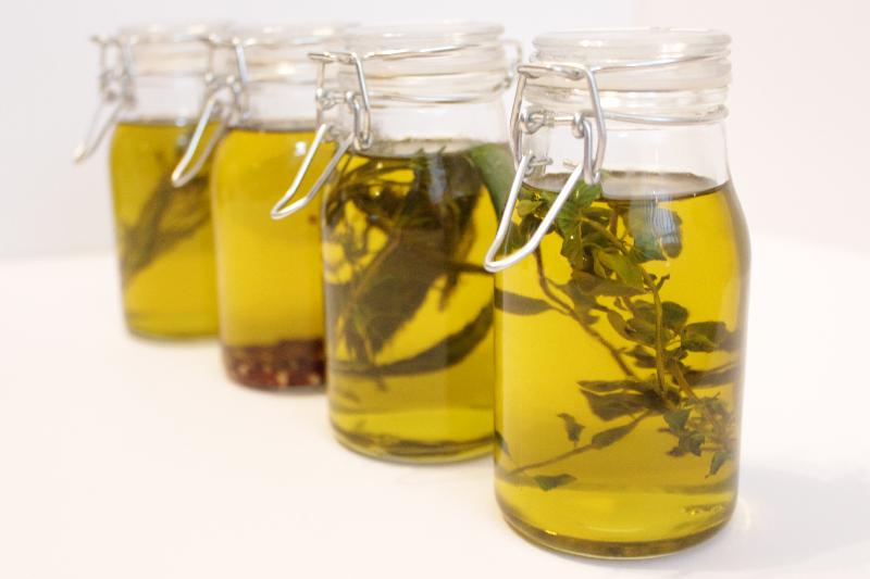 Infused Olive Oils for #FoodGifts