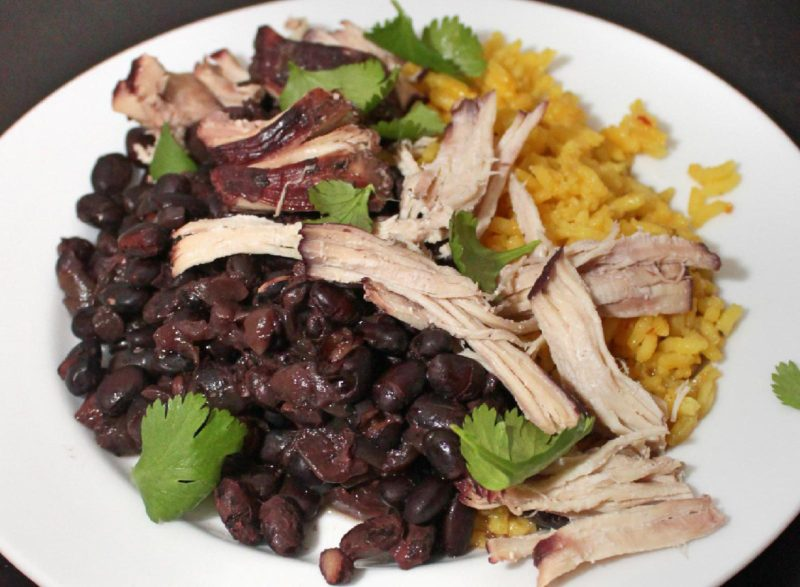 Slow Cooker Black Beans with Chicken | slow cooker recipes | healthy recipes | BearandBugEats.com