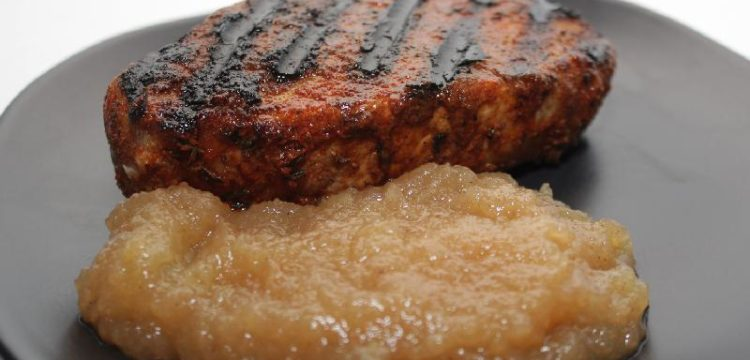 Vanilla Brined Pork Chops with Honeycrisp Applesauce for #AppleWeek! These moist chops and sweet homemade sauce make a wonderful fall dish!